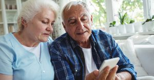 elderly patients using texting to schedule appointment and receive updates